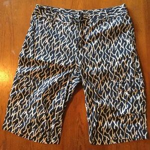 CARIBBEAN JOE Blue/White Patterned Bermuda shorts